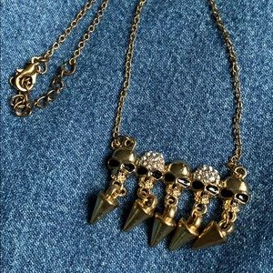 Jewelry - 🌟2 FOR $30🌟Skull necklace